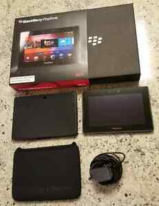 Blackberry Playbook with silicone case - 16gb
