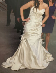 Maggie Sotterro Wedding Gown - 'Kristin', size 6 in Alabaster