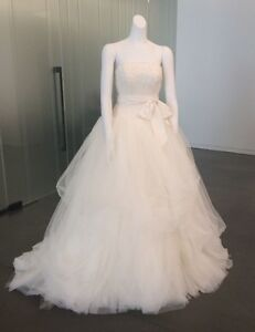 Vera Wang Wedding Dress - White Collection Ivory Colour