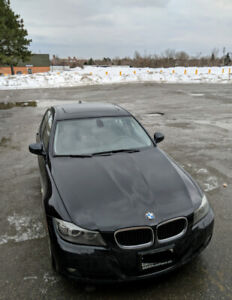 BMW 328i xDrive no accidents clean title low kilometers at 74000