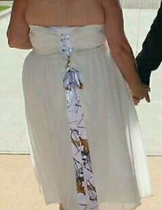White strapless wedding dress with shawl and shoes $100 OBO
