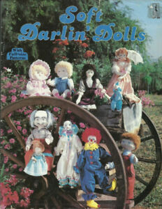 "Vintage Soft Darlin' Dolls Sewing Pattern Booklet 8 1/2"" to 22"""