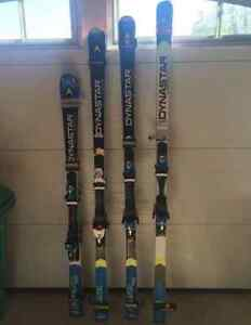 DYNASTAR RACE SKIS WITH LOOK SPX15 BINDINGS (BOLTON)