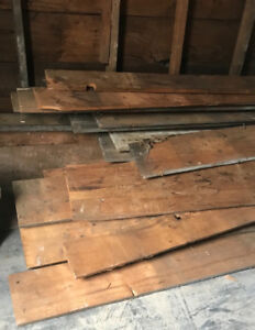 1925 reclaimed wood for sale in excellent condition.