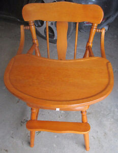 Solid maple Roxton high chair 4 sale