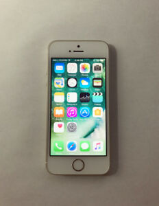 FACTORY UNLOCKED Gold 32GB iPhone 5S (A Condition) w/ Box