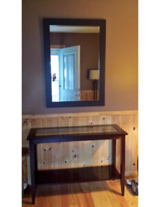 Entrance table and mirror