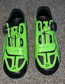 Cycling shoes size 7