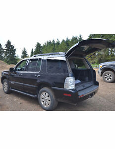 2008 Mercury Mountaineer SUV, Crossover