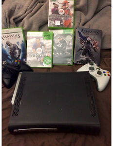 XBOX 360, 120gb HD, 2 controllers, multiple games included