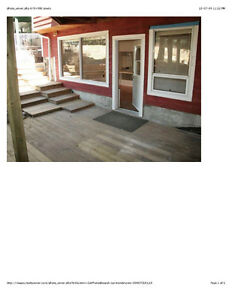 walkout suite 2bd private entrance patio bright in Cougar Creek