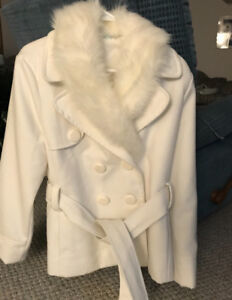 Cozy cloth cream coloured coat