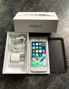 iPhone 5 (Bell/Virgin Mobile) in Great Condition