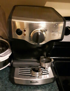 Machine a café Espresso barvista de breville.