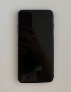 Unlocked iPhone 7plus 128GB Black - $580 (downtown vancouver)