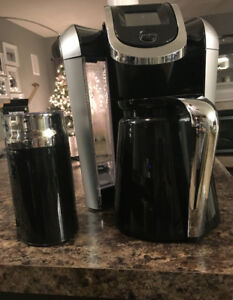 Keurig 2.0 with carafe and Cusinart Froth Maker