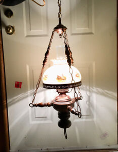 RETRO/VINTAGE SWAG LIGHT WITH GLASS CHIMNEY &SHADE WITH BIRDS ON