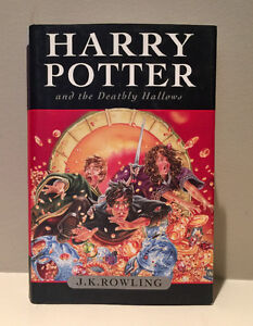 Harry Potter and the Deathly Hallows (Hard Cover)
