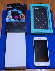 IPhone 6 Plus 64 GB Silver with 2 Cases