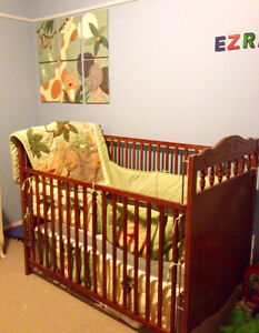 Baby crib & many accessories