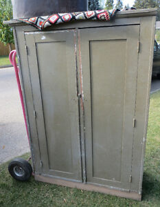 ANTIQUE VINTAGE SHABBY CHIC TWO DOOR PAINTED CUPBOARD
