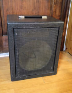 "Cabinet Guitar/Bass/Monitor 1x12"" vide/empty"