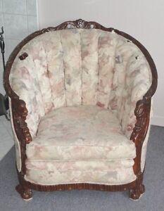 Ensemble fauteuil et sofa style antique