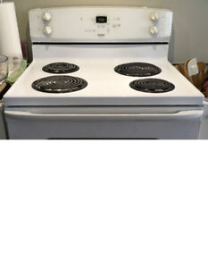 FREE PICKUP TODAY ONLY - Fridge & Stove