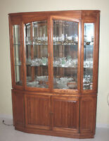 1 Display Cabinet (Vitrine, Buffet) & 1 Hutch Urgent