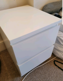 Lovely x2 White Ikea Malm Bedside Table with Drawers Good Condition Ca