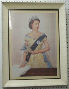 Large Framed Queen Elizabeth Print