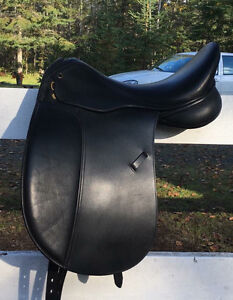 Thornhill Pro Trainer Platinum Zurich Dressage Saddle