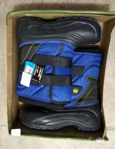 BNWT size 4 boys winter boots rugged outback brand