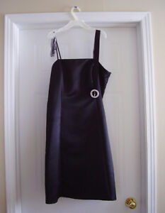 Black Evening dress in immaculate condition London Ontario image 1