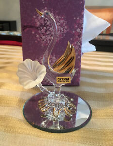 Hand Blown Crystal Glass Trumpet Swan with 24K Gold Wings- New