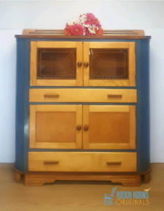 Dresser Or Hutches Display Cabinets In Ottawa