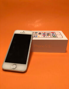 IPhone 5s - Mint Condition