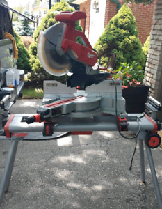 Milwaukee 12in Dual Bevel Sliding compound Miter saw and stand