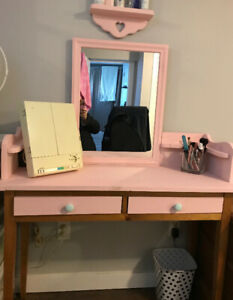 Makeup/Vanity Table set