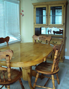 Complete Dining Room Set for Sale