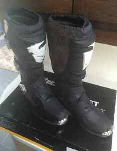 Size 11 THOR MX Boots NEW