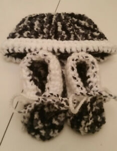 Baby bootie hat sets