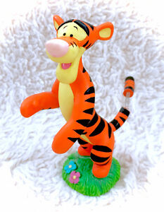 Winnie The Pooh Tigger Bobble Tail Wagging Figurine Disney
