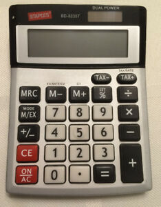 Excellent Condition Staples 8-Digit  Desktop Calculator