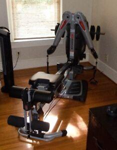 Bowflex Revolution $1600 négociable