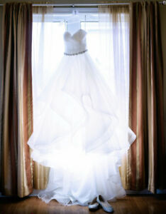 Morilee Wedding Dress!!!!only $800. Veil and Tiara included!!