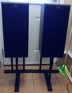 Nuance advantage premiere Mid-Tower speakers w stands New $800