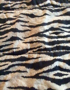 Double/Queen Reversible Comforter, Cheetah/Leopard - St. Thomas