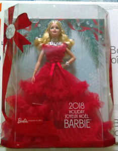 Brand New Blonde 2018 Holiday Barbie 30th Anniversary