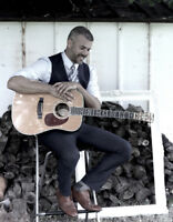 Dynamic Solo Acoustic Guitarist & Vocalist For Your Wedding Day